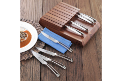 Cangshan N1 Series 8-Piece Steak Knife Set with Acacia Block