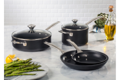 Le Creuset Toughened Non-Stick 6-Piece Cookware Set